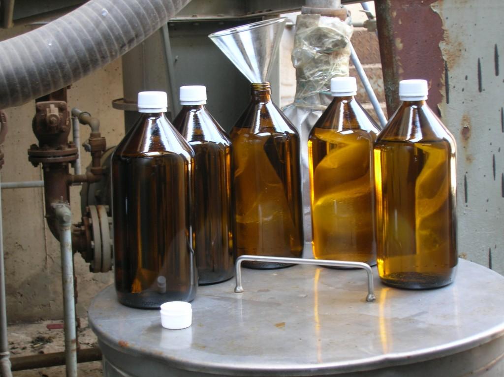 בקבוקים במילוי